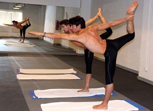 Dandayamana-Dhanurasana formacion Bikram Yoga